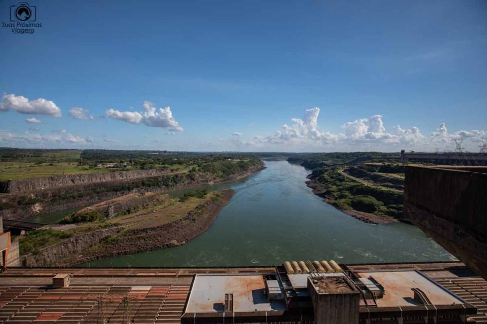 Vista do Rio Paraná abaixo da Usina de itaipú em o que fazer em Foz do Iguaçu