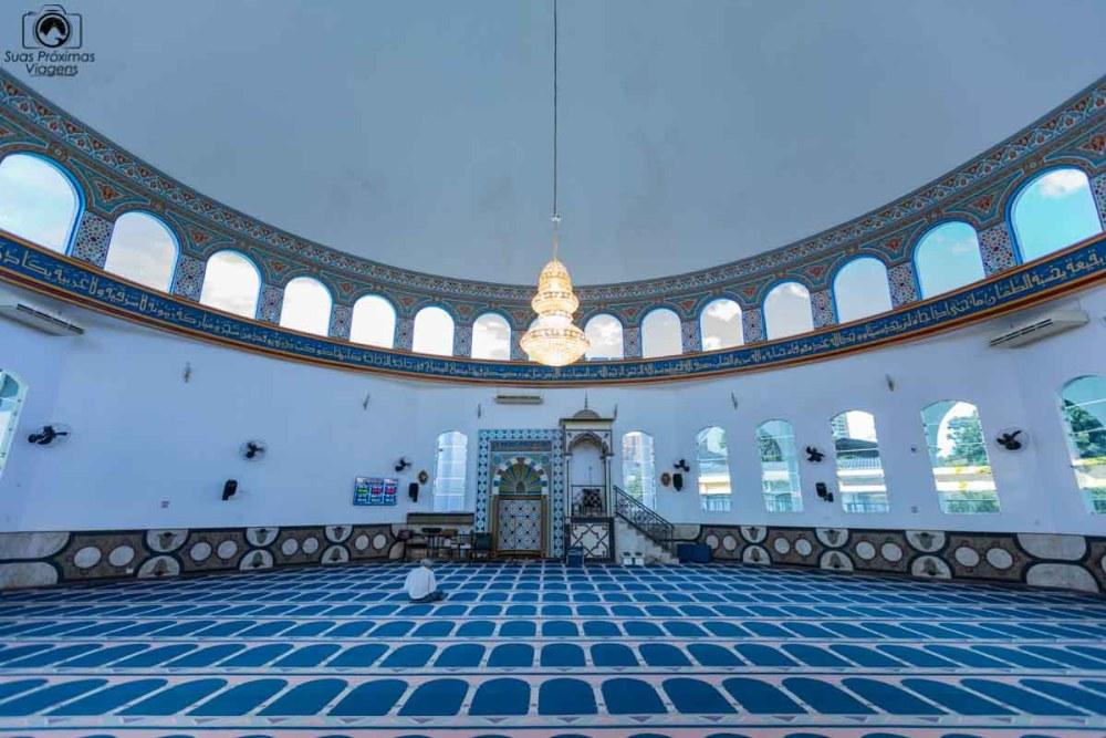 Vista do Interior da Mesquita Mesquita Omar Ibn Al-Khattab em Foz do Iguaçu