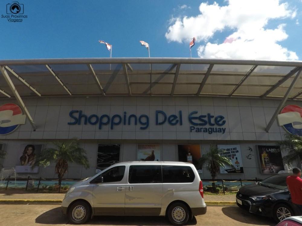 Vista da entrada do Shopping Del Este em Compras Paraguai