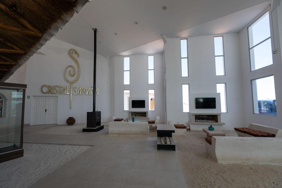 imagem interna do hotel Cristal Samaña no Salar de Uyuni