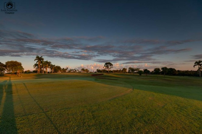 Foto do Campo de Golf ao entardecer no Wish Resort