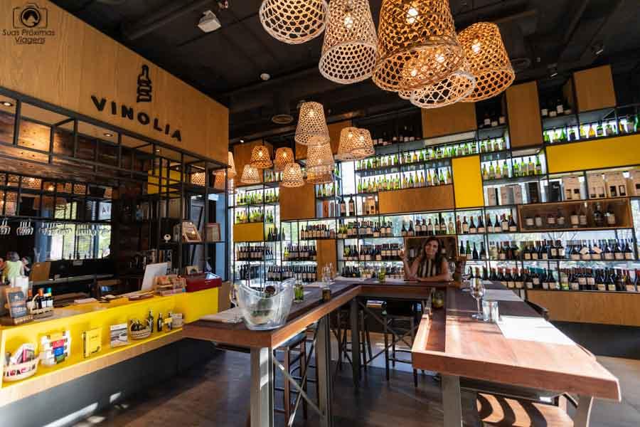 Imagem do bar na Vinolia em Santiago