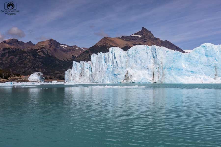 Imagem da ponta esquerda do Glaciar Perito Moreno durante navegação com a Southern Spirit