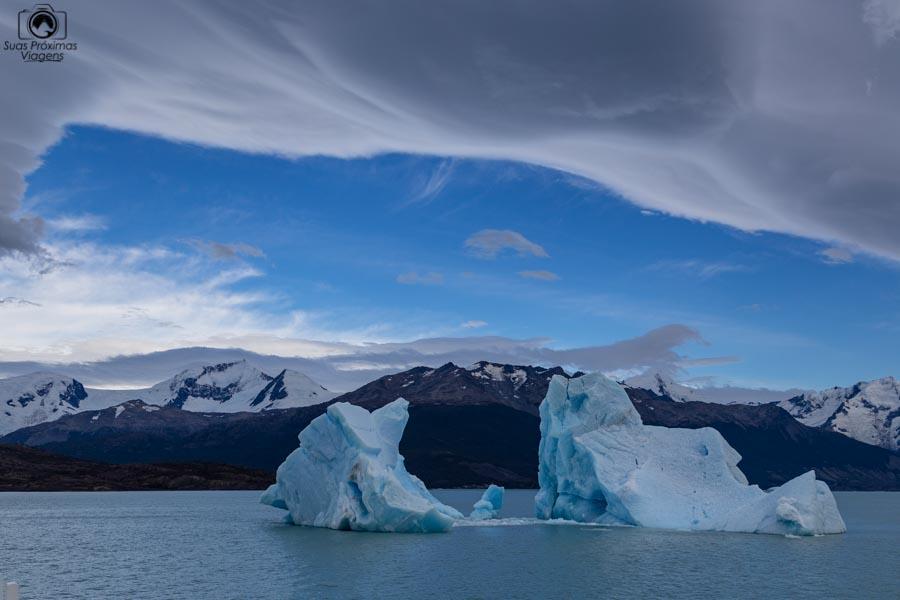 Imagem de um iceberg do Glaciar Perito Moreno no Braço Norte do Lago Argentino