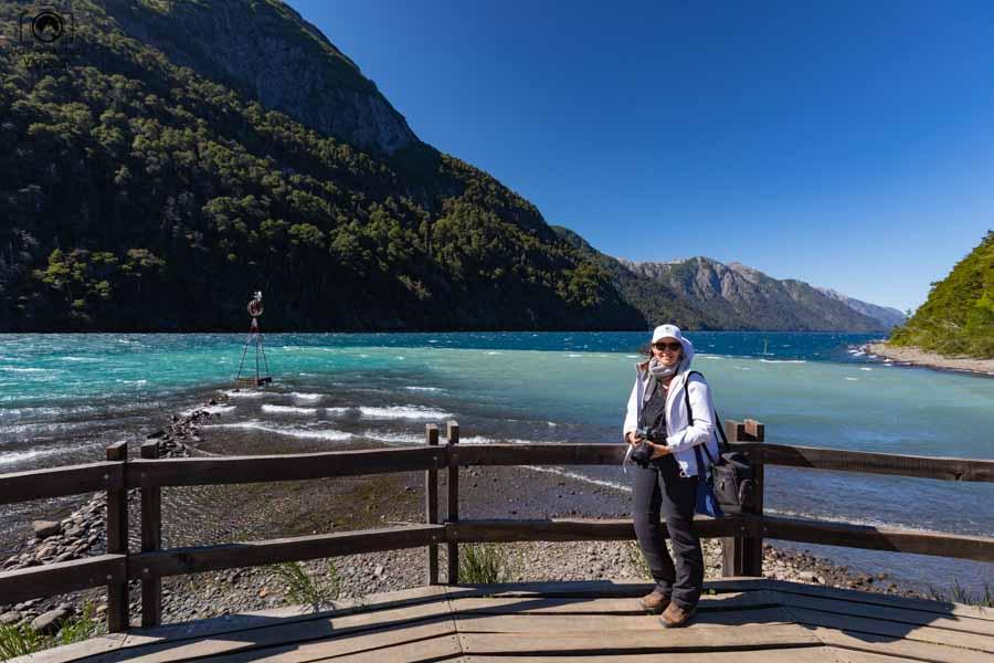 Imagem do encontro das águas do Rio Frias com lago Nahuel Huapi