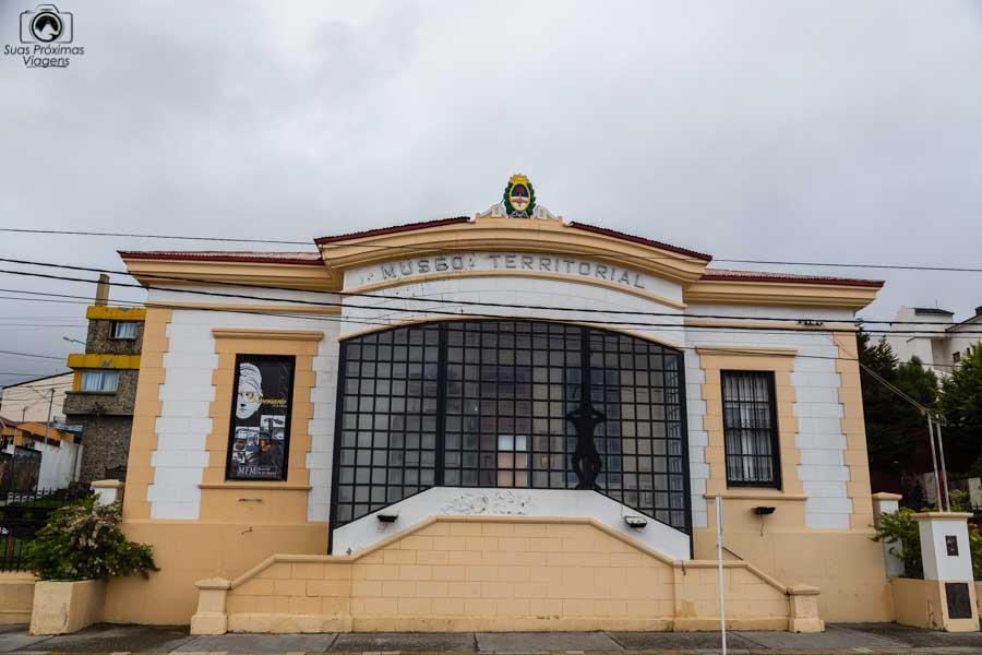imagem da entrada do museu territorial em o que fazer em ushuaia
