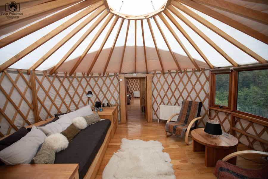 Imagem da sala de estar do Yurt
