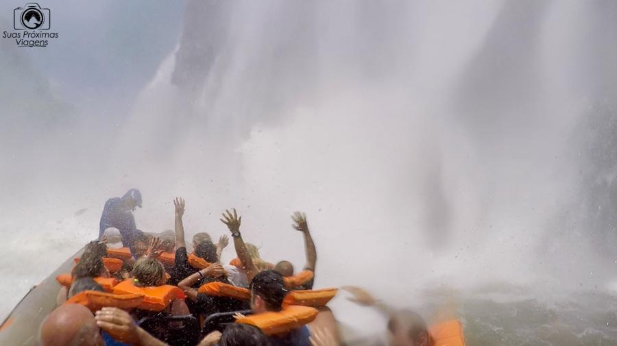 imagem do encontro com as águas das cataratas do iguaçu