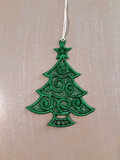 Green Christmas Tree Lace Ornament 2