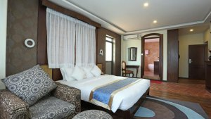Double Bedroom-Hotel Dahila