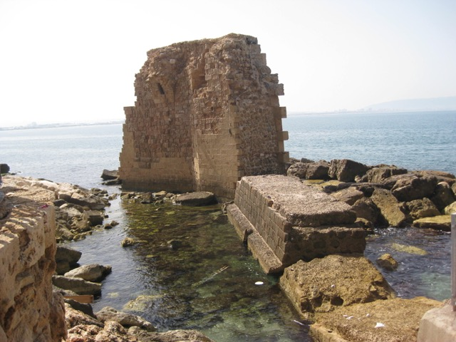 Travel with Kids - ruins in Akko in Northern Israel