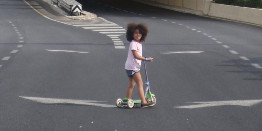 Jasmine on Begin Boulevard on Yom Kippur in Jerusalem
