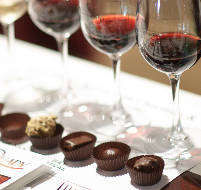 How to Perfectly Pair Wines & Desserts