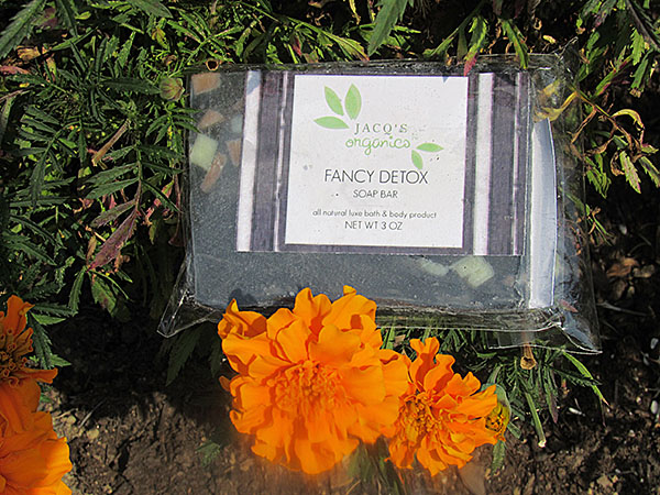 Jacq's Organic's Fancy Detox Cleansing Bar