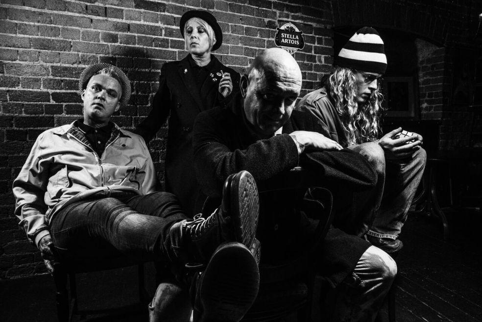 Closer Group Shot - Matt Austin Images