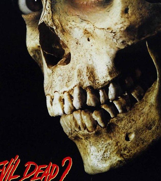 Evil Dead II (1987): ผีอมตะ 2