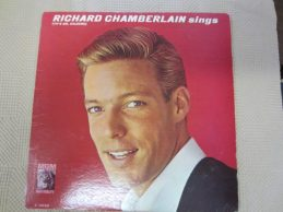 Richard Chamberland- Sings