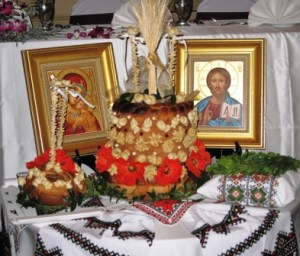 Korovai, Greeting Bread, and Icons, Display