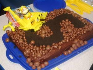 Construction truck cake