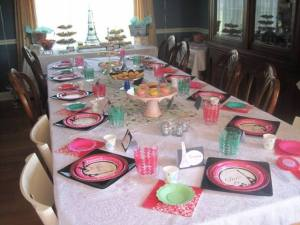 Table setting ready for the party