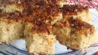 pineapple-coconut-sheetcake