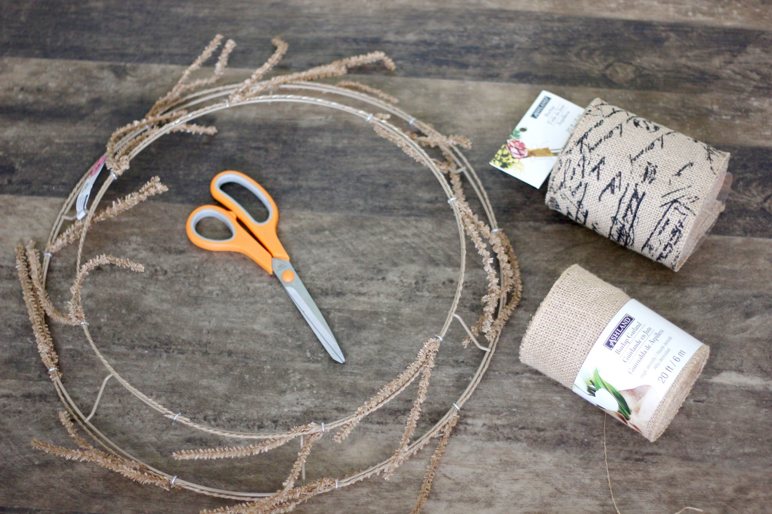 supplies to make a wreath our of burlap