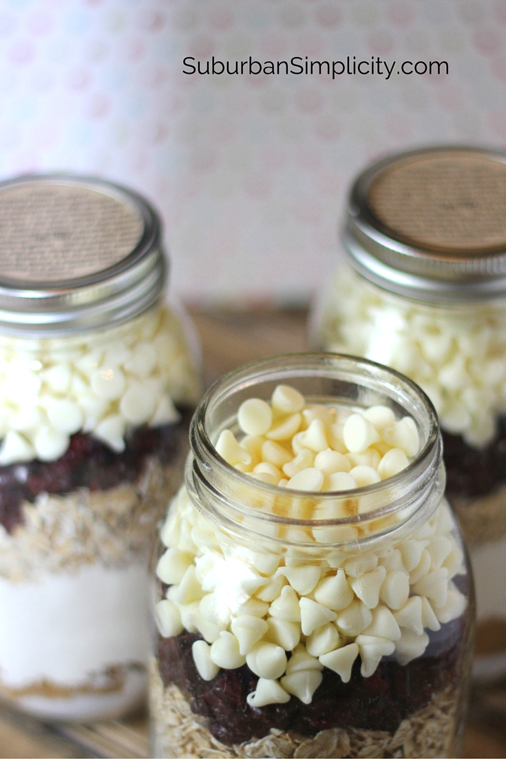 layer for oatmeal cookies in a jar