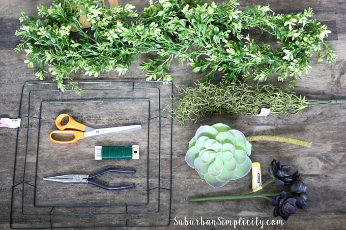 How to make a Boxwood Wreath supplies