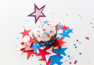 Enjoy these Simple Patriotic Recipes at your next party, BBQ, cookout, or potluck. Nothing's more patriotic and festive than red, white, and blue! Celebrate with these easy recipes!
