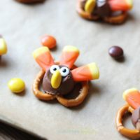 Candy Pretzel Turkey Bites on a tray.