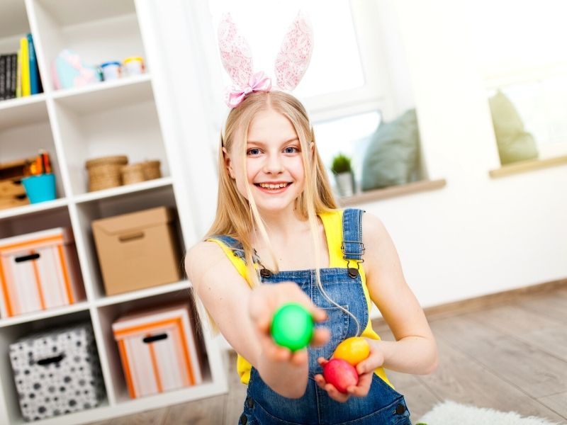 Celebrate Easter like you used to! Come check out these clever Easter ideas for teens and tweens that are kid-approved! Your kiddos are never too big for fun holiday gifts!