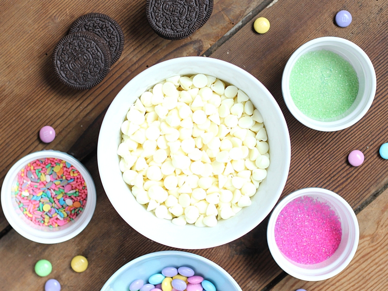 ingredients for Easter Oreo Chocolate Bark