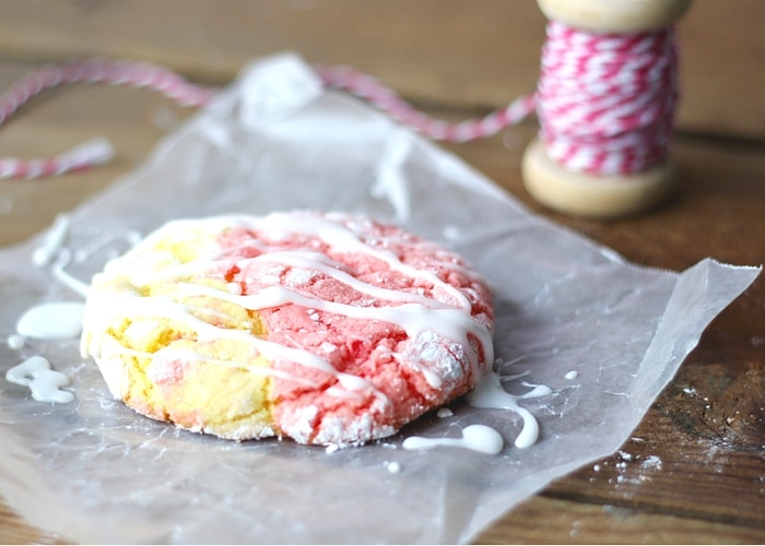 Have a little bite of summer anytime with these easy Strawberry Lemonade Cookies - swirls of sweet deliciousness! A cake mix cookie kids love!