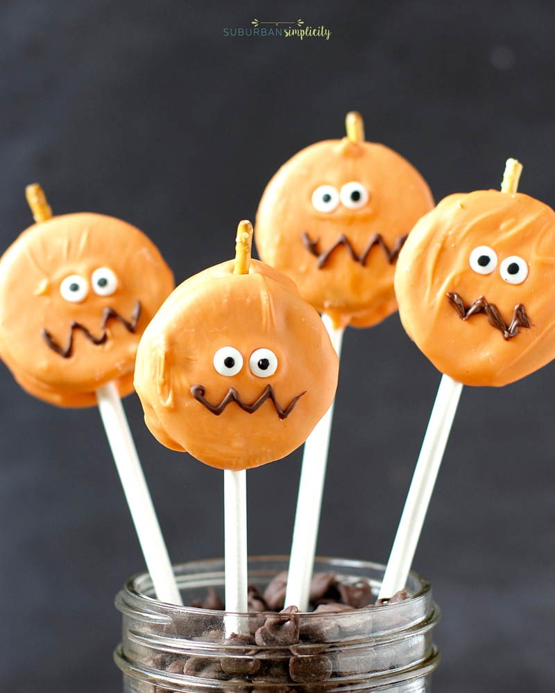 Pumpkin Oreo Halloween Pops in a jar