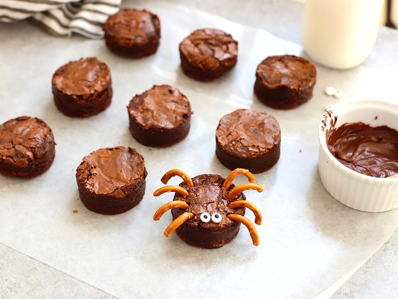 Brownie Spiders for Halloween.