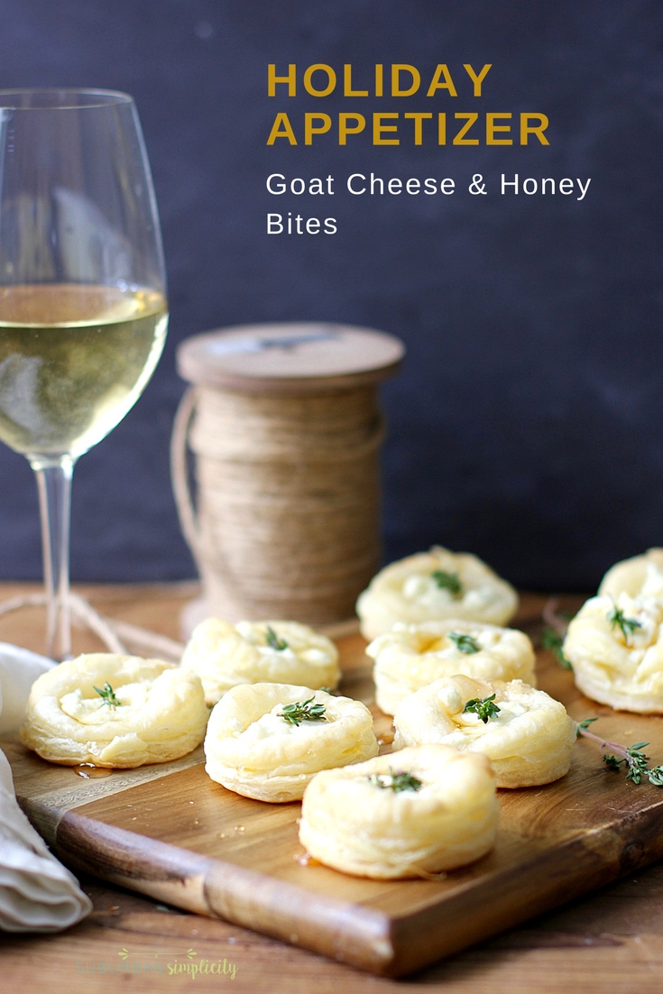 Goat cheese and honey bites for christmas
