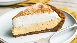 No Bake Pumpkin Mousse Pie