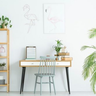 Suburban Simplicity is a lifestyle site, designed to help moms live a more beautiful, peaceful and happy life at home. It's modern homemaking at its best!