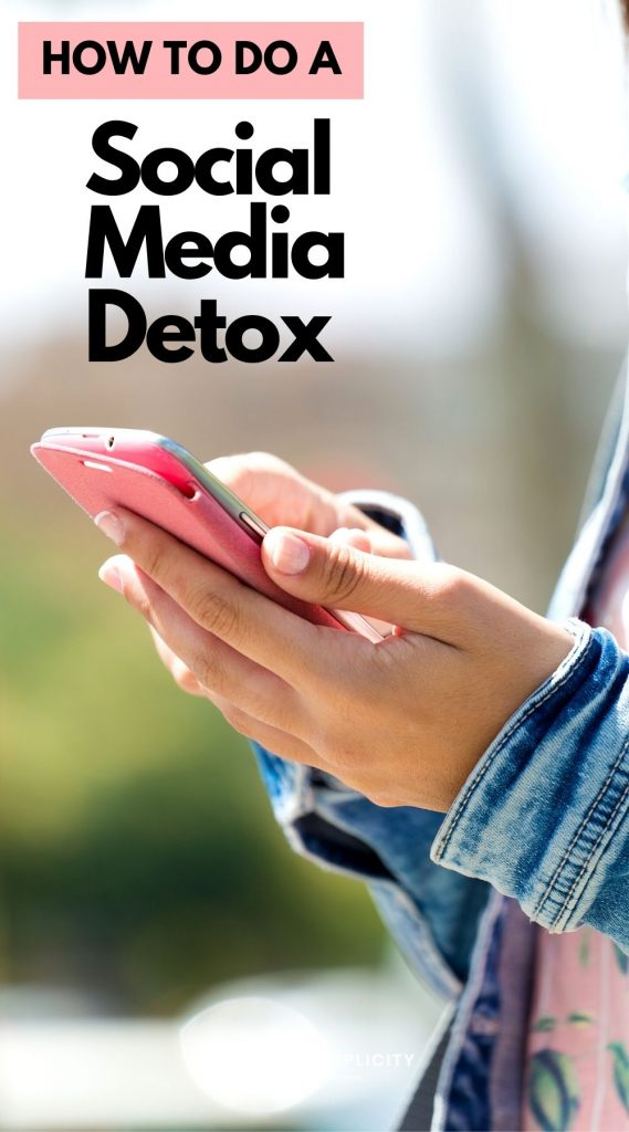 Find out how to do a social media detox the right way. Tips and tricks to make your break from social media successful and fulfilling.