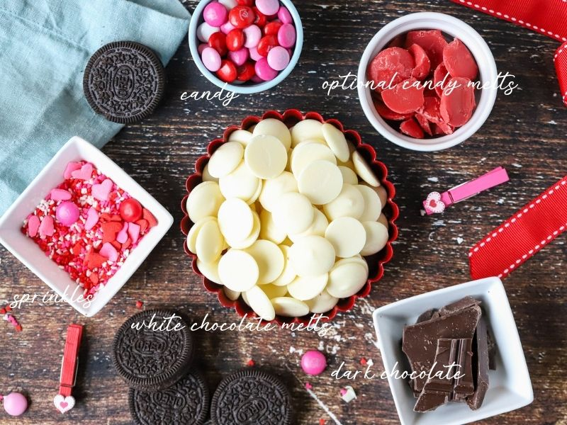 ingredients to make chocolate bark