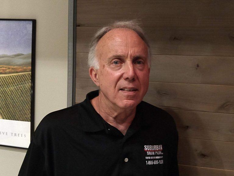 Larry Oelschlegel, Jr.