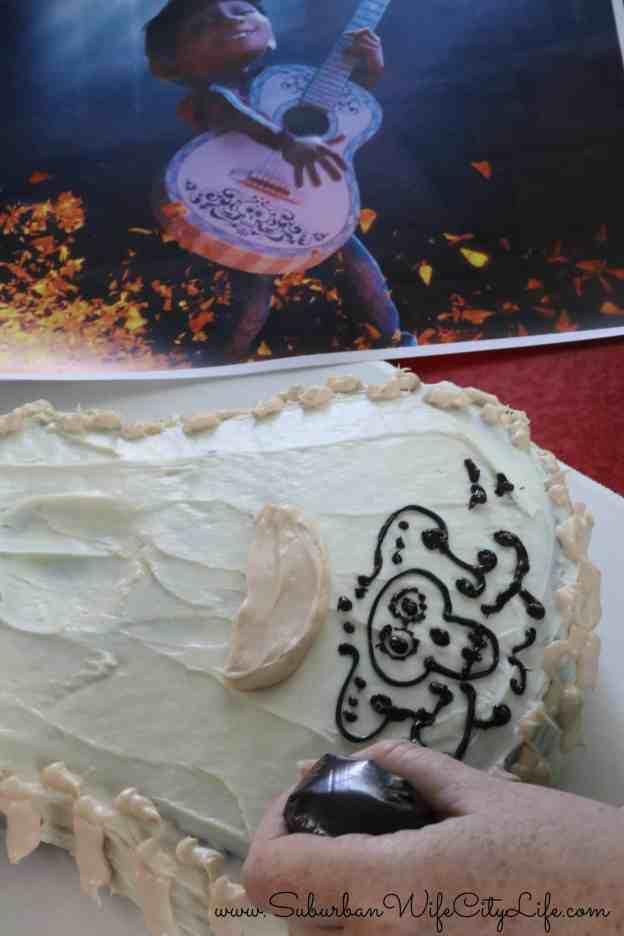 Coco cake design