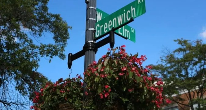 Greenwich Avenue- Insider's Guide to Parking at the Greenwich Metro-North Train Station