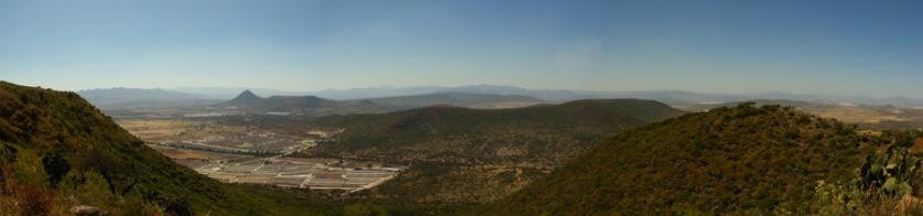 Vista al conjunto urbano habitacional desde el Cerro Colorado
