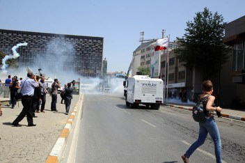 12.1.-Conforme-el-número-de-manifestantes-creció-la-reacción-del-gobierno-se-acrecentó