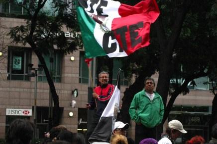 Movilización de maestr@s en Oaxaca tras el desalojo del Zócalo en el D.F.