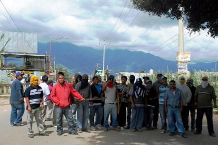 """Oaxaca: """"Aparte de que somos afectados también somos delincuentes"""""""