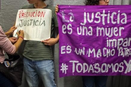 Nos prefieren o calladas o muertas #JusticiaParaYaki