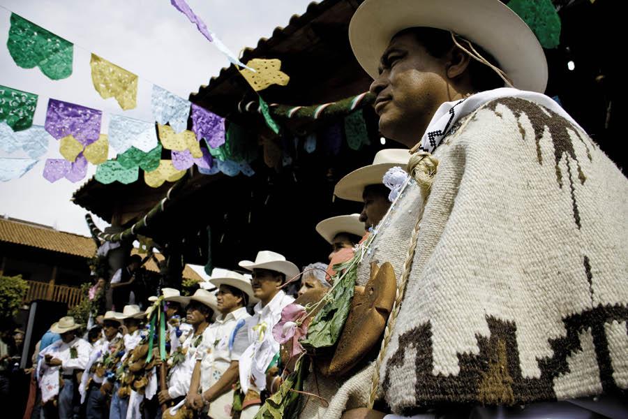Concejo Mayor de Cherán. Foto: Heriberto Paredes https://subversiones.org/archivos/tag/cheran