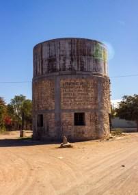 Sólo 10% de la población yaqui cuenta con suministro de agua potable. Los demás recurren a pozos con capacidades limitadas, sobre todo por los calores extremos de la región. Fotografía: Aldo Santiago